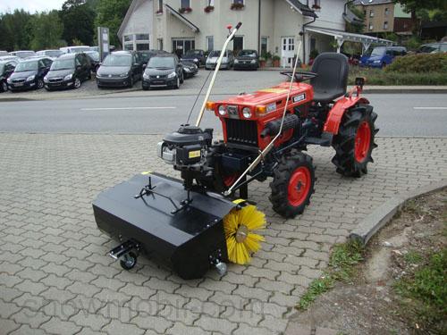 Anbau-Kehrmaschine FKM110