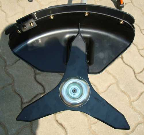 motorsense freischneider kawasaki tj35d 1 6ps. Black Bedroom Furniture Sets. Home Design Ideas