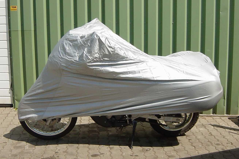 sie steigern f r eine neue abdeckplane f r motorrad in der. Black Bedroom Furniture Sets. Home Design Ideas