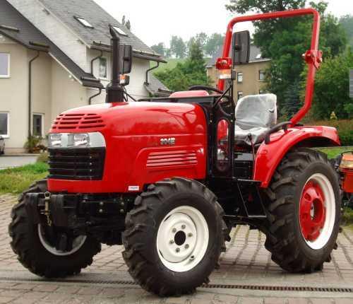 traktor eurotrack 304e mit 30ps allrad und. Black Bedroom Furniture Sets. Home Design Ideas