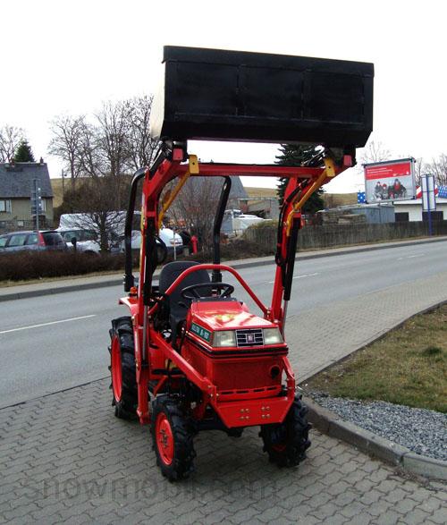 kleintraktor allrad traktor kubota b1 16d frontlader neu lackiert schlepper ebay. Black Bedroom Furniture Sets. Home Design Ideas