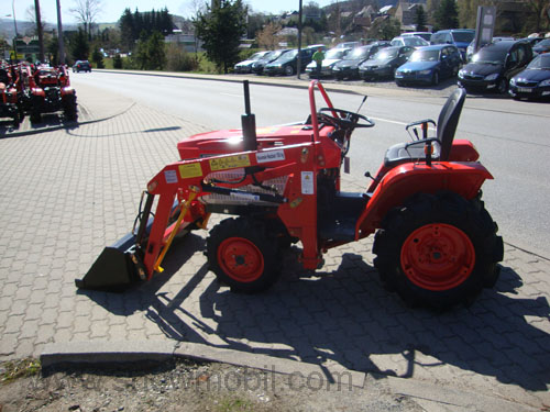 kleintraktor allrad traktor kubota b1400d frontlader neu. Black Bedroom Furniture Sets. Home Design Ideas