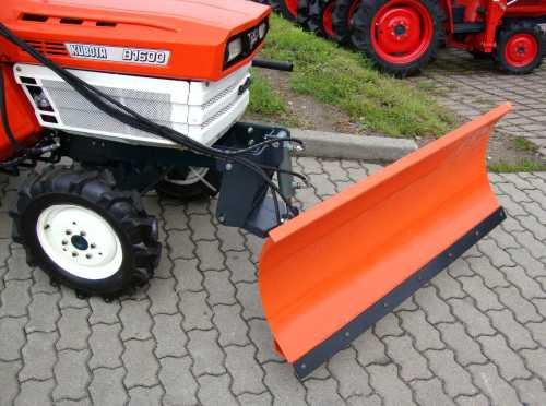 kleintraktor traktor kubota b1600 schneeschild kabine ebay. Black Bedroom Furniture Sets. Home Design Ideas
