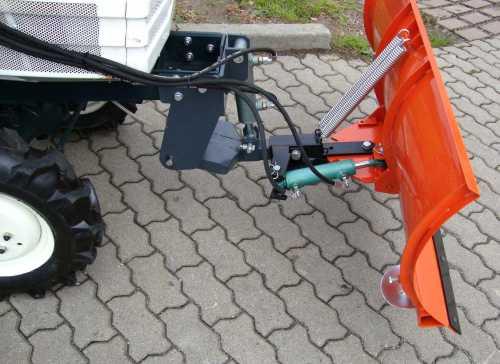 kleintraktor kubota b1600 gebraucht komplett berholt und. Black Bedroom Furniture Sets. Home Design Ideas