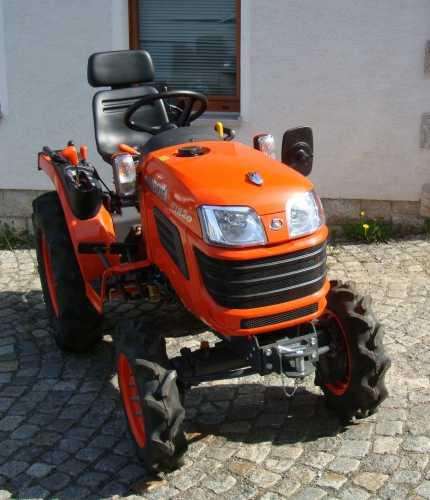 kleintraktor allrad traktor kubota b1820 18 0ps neu klein. Black Bedroom Furniture Sets. Home Design Ideas