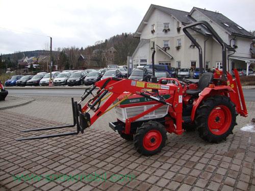 Front loader pallet forks / fork carriage for tractors