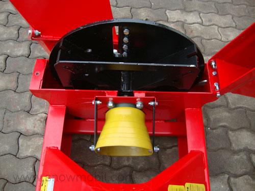 Häcksler H15 Holzhäcksler Buschhacker mit Zapfwellenantrieb Traktor Shredder