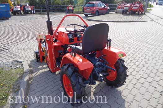 Compact Tractor Kubota B1200 With New Front Loader Used