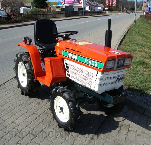 traktor schlepper allrad kubota b1402 gebr komplett berholt und neu lackiert ebay. Black Bedroom Furniture Sets. Home Design Ideas